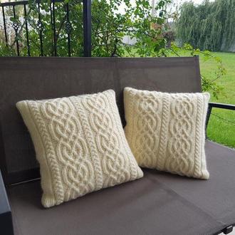 Декоративная диванная подушка, цвет молочный