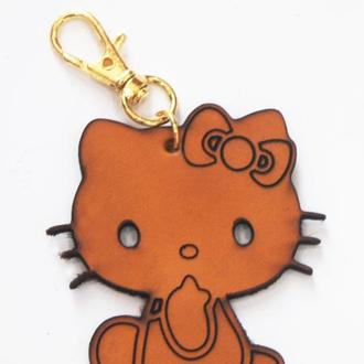 Кожаный коричневый брелок Kitty от мастерской Wild