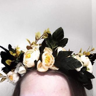 Венок на голову из искусственных цветов