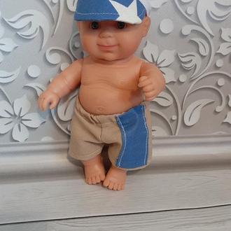 Шорты и кепка для пупса Паола Рейна. Мальчик. Набор одежды.