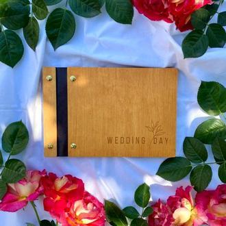 Свадебная гостевая книга пожеланий с вашей надписью кожаной вставкой на винтах