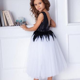 Оригинальное праздничное платье Марго