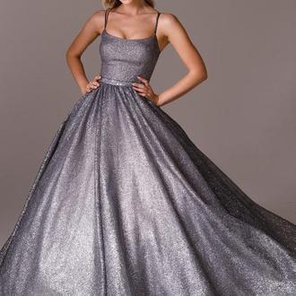 Мерцающее бальное платье La Novale 002