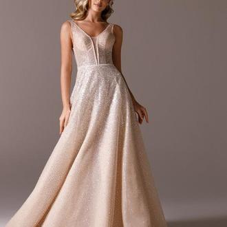 Нежное вечернее платье La Novale 102