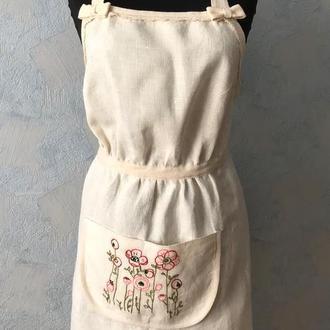 Белый льняной фартук с вышивкой/ Нарядный фартук для женщины
