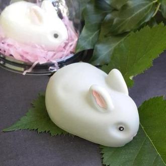 Сувенирное мыло. Кролик в подарочной упаковке.