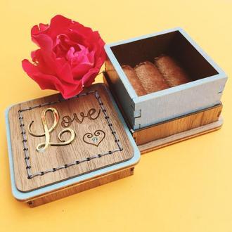 Подарочная коробочка для обручальных колец