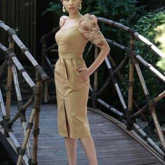 Карамельное платье миди