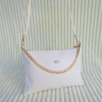Белая сумочка с цепочкой / красивый клатч handmade