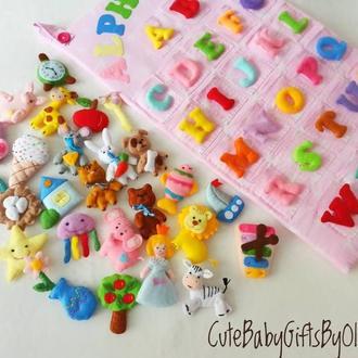 Настенный алфавит с игрушками
