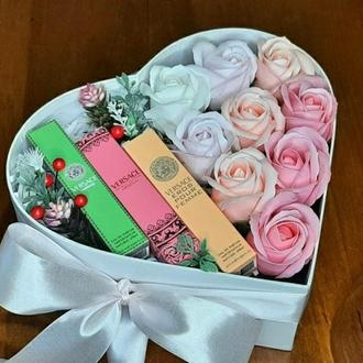 """Мильні квіти, букет з мильних троянд, композиція квіти з мила, троянди з мила """"Троянди іVersace"""""""