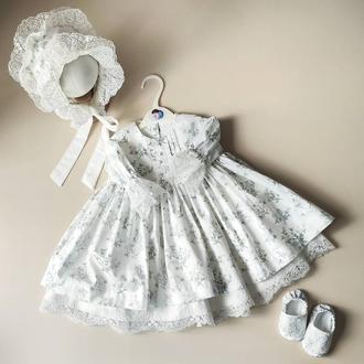 Крестильное платье с нежными цветами