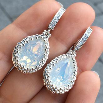 Серебряные серьги капли белый Опал с кристаллами Swarovski и ювелирным бисером