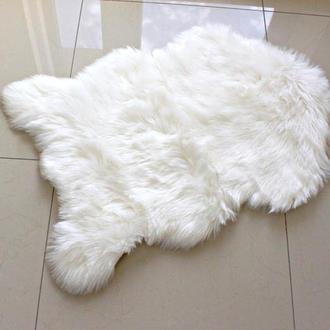 Белый коврик шкурка 60*90 экомех. Искусственная овчина.