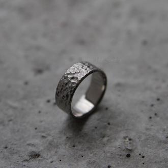 Кольцо из титана Мун