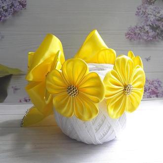 Резинка на гульку в желтом цвете.