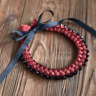 Колье-коса шелковое Марсала с хрустальными бусинами
