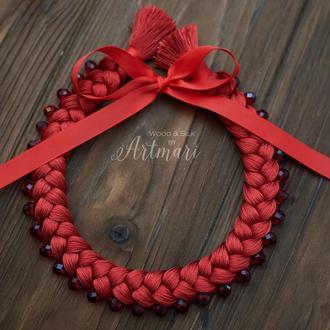 Колье-коса шелковое насыщенно красное