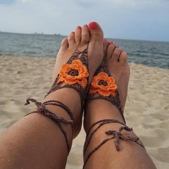 Браслеты на ноги коричневый с тройным  оранжевым цветком. Украшение ножные для екзотических танцев