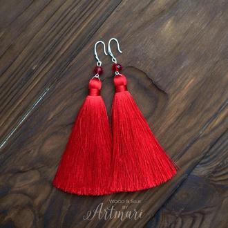 Шелковые серьги-кисти Ярко красные
