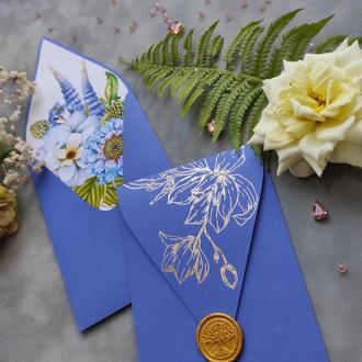 Конверт з диз. паперу Creative board з квітковим лайнером та золотим фольгуванням.