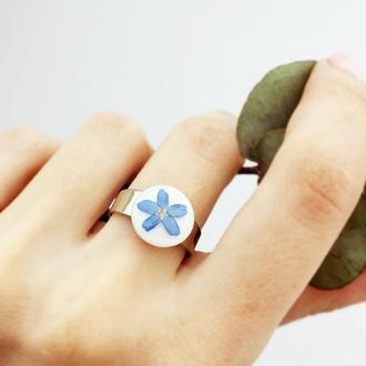 Кольцо в стиле минимализм с незабудкой в подарок девушке жене сестре (модель № 2825) Glassy Flowers