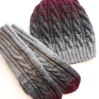 Женский вязаный комплект: шапка и варежки