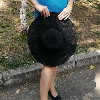 Чорний капелюх