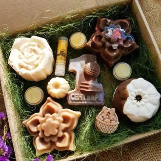 «Метида» подарочный набор натурального мыла. Подарок к 1 сентября. Для учителя, в школу.