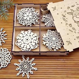 Большой набор новогодних снежинок из дерева «Олененок»
