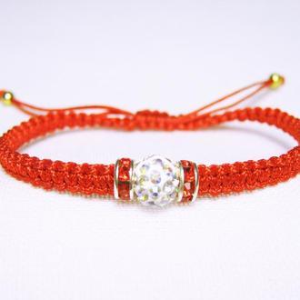 Красный браслет с бусиной шамбала
