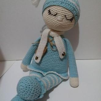 Кукла сплюша Соня. Вязаная кукла в пижаме. В'язана лялька для сну