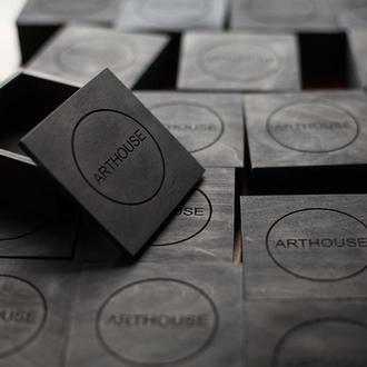 Брендовые коробки черного цвета от 60 шт. Гравировка логотипа на упаковке. Коробки для бренда.