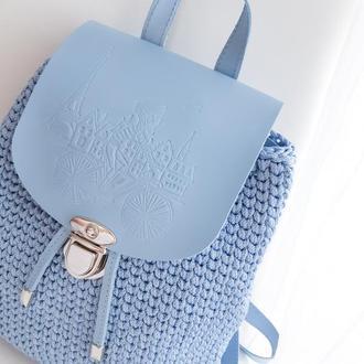 Рюкзачок с дизайнерским теснением