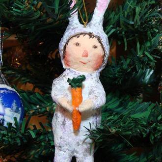 Ватная игрушка на елку Мальчик-зайчик