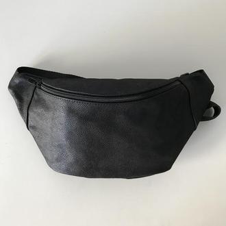 Черная поясная сумка с блестящим напылением,бананка кожаная