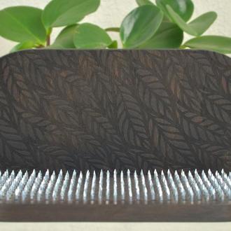Доска Садху для начинающих с шагом 10 мм, с гравировкой листиков, цвет черный