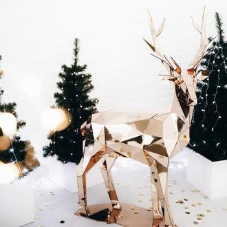 Зеркальный олень - полигональная фигура из пластика, новогодний декор