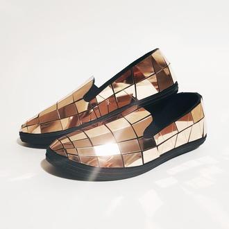 Зеркальные туфли для зеркального шоу