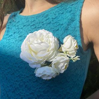 Большая белая брошка,свадебная брошка,белая брошка с цветами,украшение на свадьбу