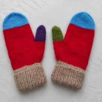 Варежки из ангоры подарочные, вязаные рукавицы красные, пушистые рукавички подарок на новый год