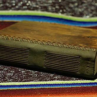 Блокнот ручной работы с деревянной обложкой и натуральной кожей формата А5