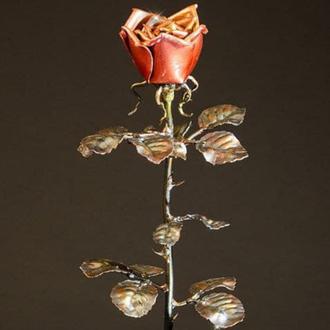 Декоративна троянда з кераміки ручної роботи