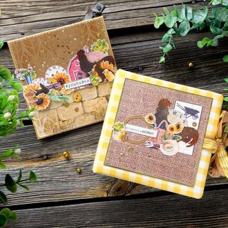 Подарунковий комплект - фотоальбом і листівка ручної роботи.