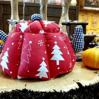 Новогодняя грелка для чайника Красная ЕЛКИ (большая)