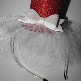 Шляпка с глиттерного фоамирана