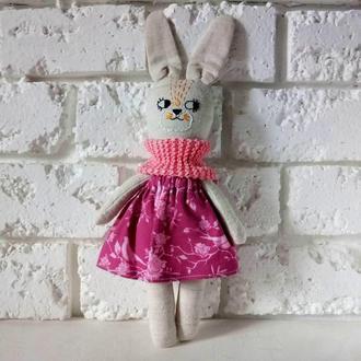 Кумедний зайчик в рожевої одягу Шарфик Экоирушка з натуральної коноплі