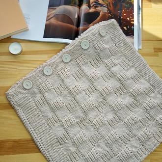Диванна подушка (наволочка) в'язана кавова на гудзиках - 40*50 см