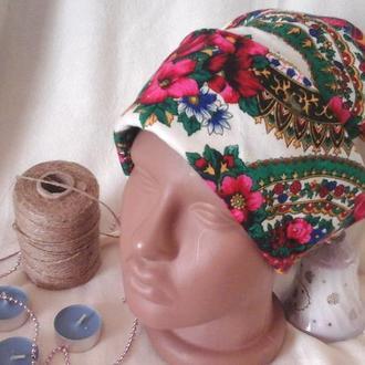 Узорчатая шапочка из платка