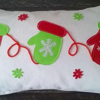 Декоративна подушка Новорічні Рукавички